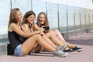 Tøser mobiltelefoner 300_200