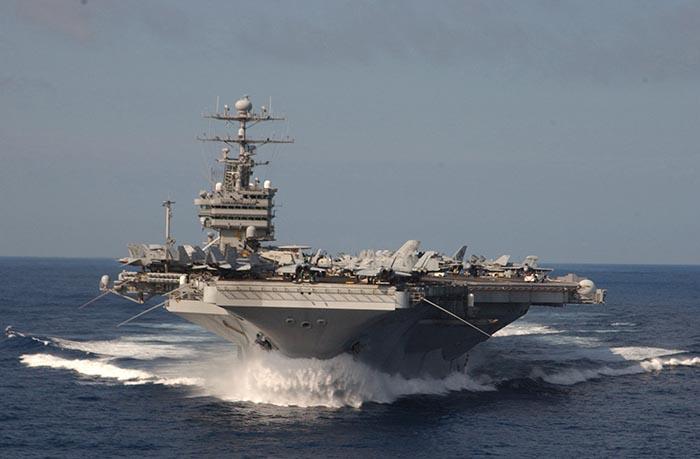 Amerikanske hangar skibe er er drevet ved atomkraft.